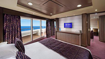 Executive & Family Suite - Yacht Club Experience